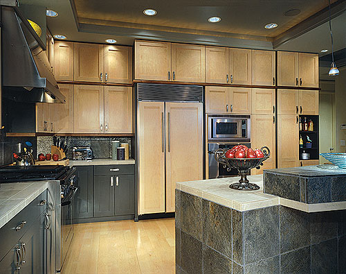 Canyon Creek Contemporary Kitchen Cabinets
