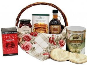 Bed 'n Breakfast Relaxation Gift Basket